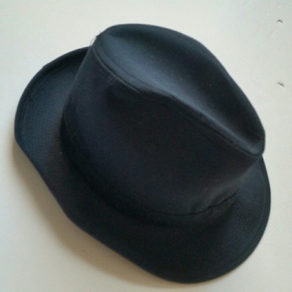 London Fog Other - SALE Vintage London Fog Navy Blue Men s Fedora Hat 4505a9bedf1